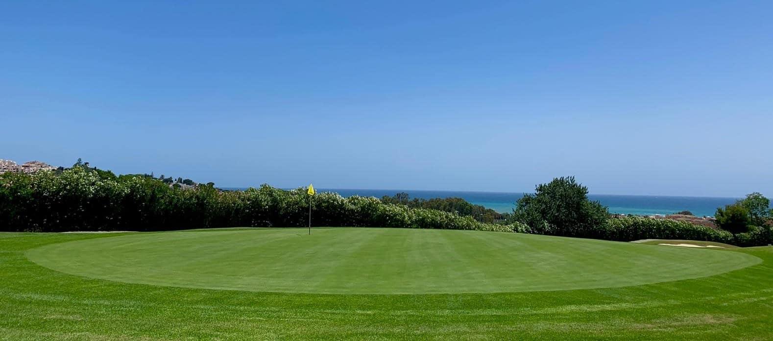 Dona Julia Golf - Golf en Verano